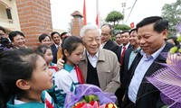 Party leader Nguyen Phu Trong attends Great National Unity festival in Bac Ninh