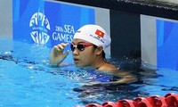 Swimmer Phuong Tram wins 4 gold medals at Southeast Asian competition