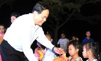 Vietnam Fatherland Front President works in Can Tho