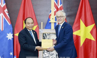 Prime Minister meets New Zealand, Australian counterparts