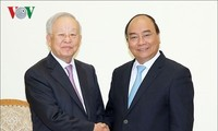 PM: Vietnam considers foreign investors' success its own