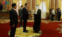 President receives foreign ambassadors' letter of credentials