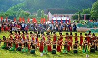 Festival promotes culture of ethnic groups in Truong Son mountain range