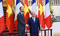 Economic cooperation remains pillar in Vietnam-France ties