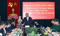 PM praises People's Army newspaper's contributions to national achievements