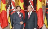 Prime Minister calls for more maritime cooperation with Brunei