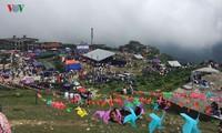 Mau Son Tourism Festival draws huge crowds