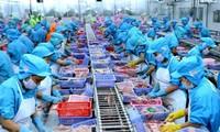 Vietnam's trade turnover tops 200 billion USD in H1