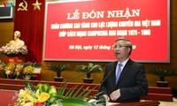 Vietnamese experts honored with Gold Star Order for helping Cambodian Revolution