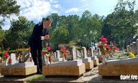 US Ambassador makes history as he pays tribute to fallen Vietnamese soldiers