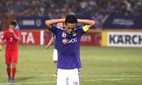 Van Quyet suspended until season end due to controversial collision