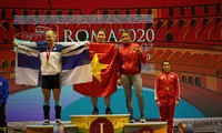 Vietnamese weightlifters wins 10 gold medals at World Cup Day 2