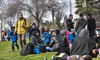 Greece cuts financial aid for refugees