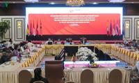 ASEAN members promote active adaptation, mitigate risks
