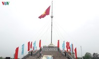 Flag of national unification hoisted in Hien Luong-Ben Hai relic site