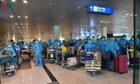 Vietnamese citizens repatriated from India amid COVID-19