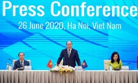 ASEAN certainly does not want to choose who to side with: Prime Minister