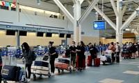Vietnamese citizens repatriated from Canada amid COVID-19