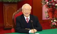 Vietnam, Cambodia leaders pledge to continue developing good neighborliness