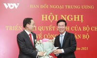 Le Hoai Trung named Party's external relations chief