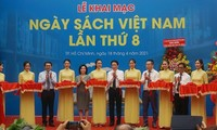 Vietnam Book Day 2021 promotes reading culture