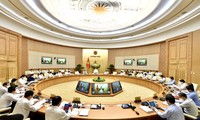 PM called for increased decentralization, individualized responsibility