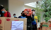 Human and equipment support for southern provinces to fight pandemic