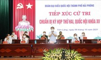 National Assembly Chairman meets voters in Hai Phong city