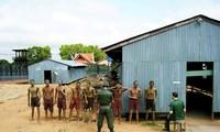 越南驻老挝大使馆在老越联军遗迹区举行缅怀英雄烈士活动
