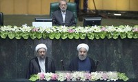 越南国家主席特使陶越忠出席伊朗当选总统宣誓就职仪式