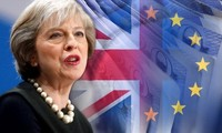 英国脱欧:英国下议院继续施压政府