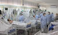 新冠肺炎疫情:美国死亡病例升至七百多万例