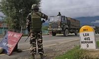 印度阻止中国军人越过实际控制线