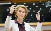 欧盟委员会主席警告英国要尊重脱欧协议