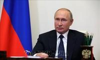 俄总统普京签署新的组建政府法