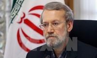 Иран обвиняет США во вмешательстве в реализацию ядерной сделки