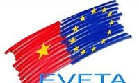 В Ханое прошли симпозиумы по соглашениям EVFTA и EVIPA