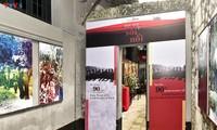 В историческом памятнике - тюрьме «Хоало» проходит выставка «Стойкая молодежь»