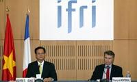 Prime Minister highlights Vietnam-France strategic partnership