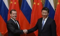 China, Russia sign 21 bilateral cooperation documents