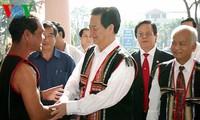 Prime Minister visits Kon Tum and Gia Lai provinces