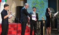 Vietnamese students honored for winning awards at Informatics and Russian language Olympiads