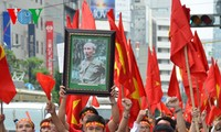 Vietnamese community abroad opposes China's illegal action in the East Sea