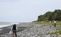 Debris found in Maldives not from missing flight MH370
