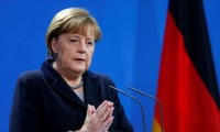German Chancellor: migrant crisis needs to be resolved promptly