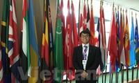 3 Vietnamese students win international essay contest