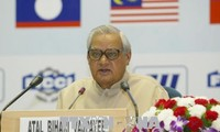 Former Indian Prime Minister dies at 93