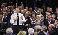 French president launches national dialogue