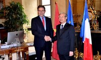 Party official: Vietnam values relations with France