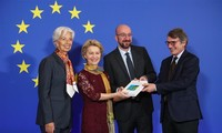 New EU leaders officially take office